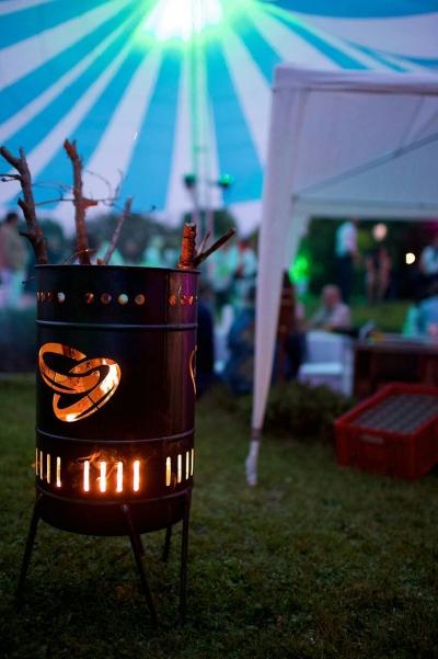 Stahlbude Feuerkorb Hochzeitsmotiv 50 Liter