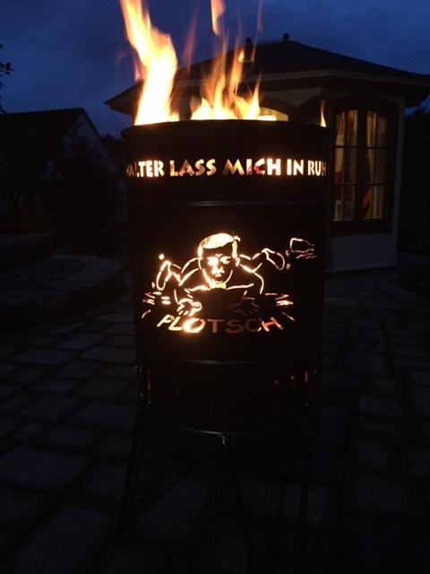 Stahlbude Feuerkorb 50 Liter Karikatur